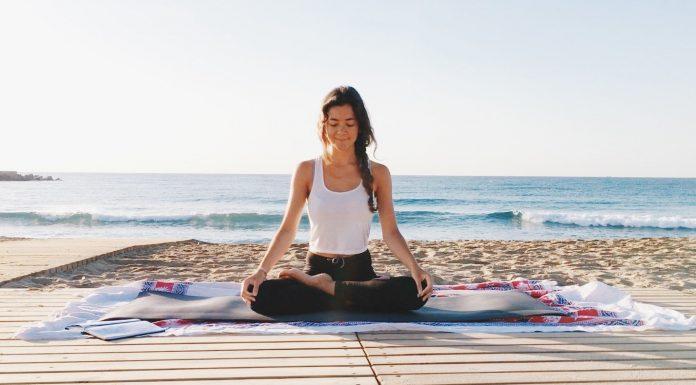 video esercizi di yoga