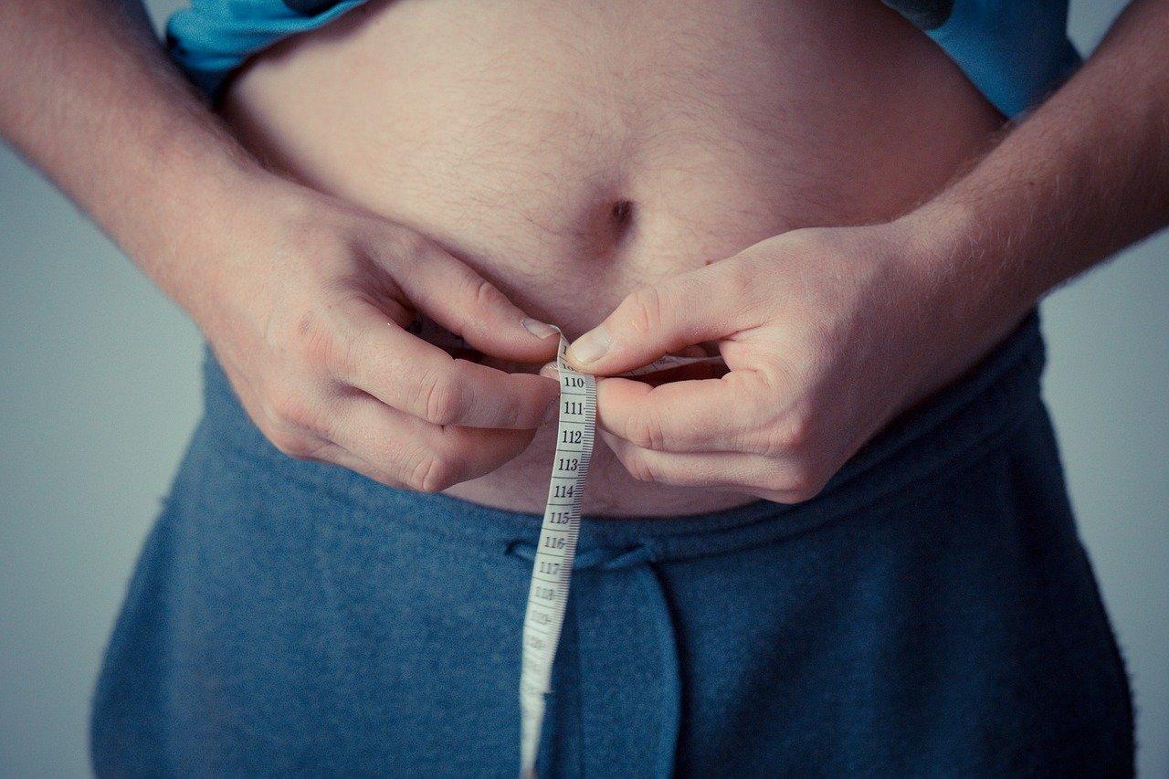 4 strategie (funzionanti) per perdere subito i tuoi kg di troppo